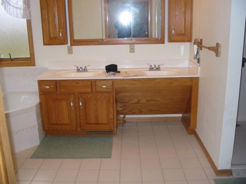 Barrier Free Bathrooms  OLYMPUS DIGITAL CAMERA OLYMPUS DIGITAL CAMERA. Barrier Free Bath Best Bath Walk In Tub