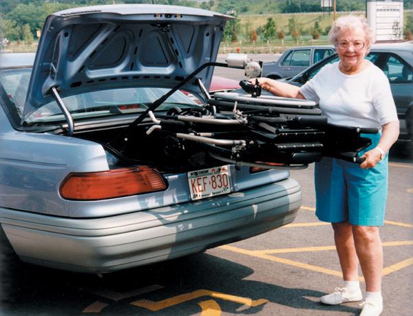 Wheelchair Lift For Car >> Bruno Fold Down Lift Trunk Lift