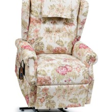 Traditional Series Williamsburg  – Golden Technology Lift Chair Recliner